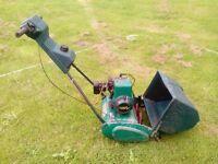 Qualcast Suffolk Punch 35S self propelled petrol lawn mower, works great