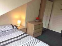 2 ROOMS TO LET IN SHARED POSTGRAD STUDENT HOUSE FOR LEEDS TRINITY / BECKETT OR UNIVERSITY OF LEEDS