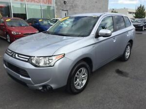 2014 Mitsubishi Outlander SE V6 AWD 7 PASSAGERS TOUT EQUIPE
