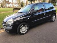 Renault Clio 1.2 extreme 2003 lovely car very reliable,2 keys,still insured/taxed aa/rac welcome