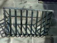 Hay rack ideal for sheep horses or cattle