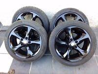 BMW 17 inch black original alloys alloy wheels and run flat tyres
