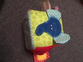 Baby play cube