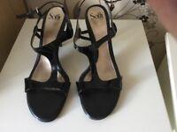 Ladies patent heels