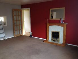 three bedroom flat close to town centre