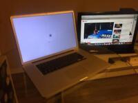 "Macbook Pro 17"" i7 Quad Core"