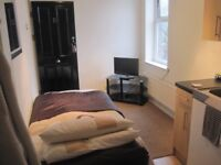 Studio flat to rent Rock Ferry bills included £275 per month