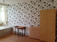 GREAT DOUBLE ROOMS TO LET!!