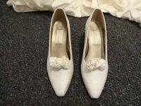 Ivory ladies shoes Worn with ivory dupion silk wedding dress. size 6