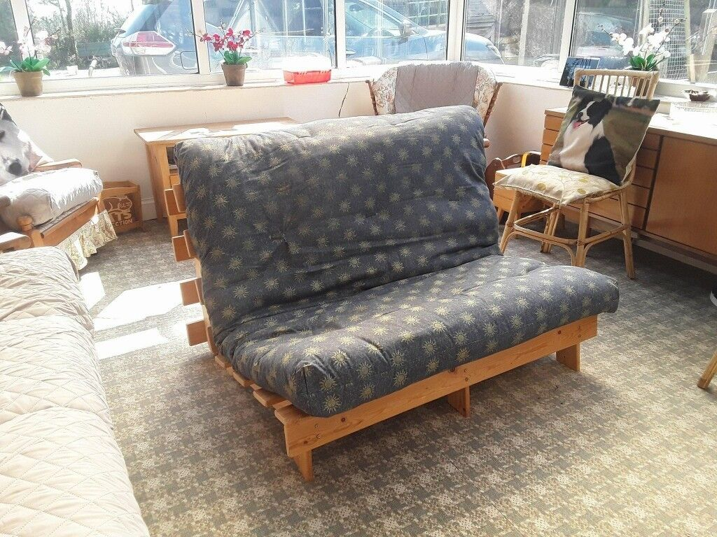 Double 4ft Futon 2 Seater Wooden Frame Sofa Bed Mattress