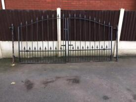 Wrought iron gate 9ft x 4ft10