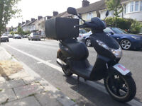 Peugeot Kisbee RS 50cc scooter 4-Stroke - Air Cooled ,very good condition perfect for delivery
