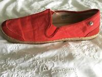 UGG size 7.5 shoes