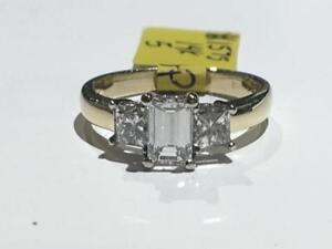 #1575 WOW 14K EMERALD & PRINCESS CUT DIAMOND ENGAGEMENT RING *SIZE 5* APPRAISED AT $8010.00 SELLING FOR ONLY $2295.00!
