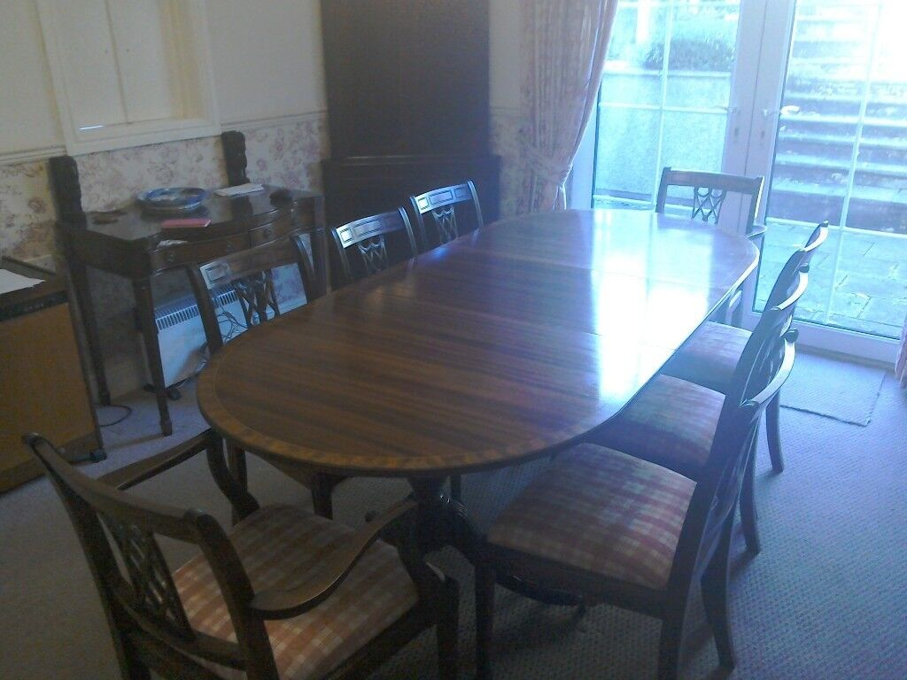 good quality & condition table & eight chairs