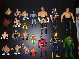 Bundle of various boys action figures