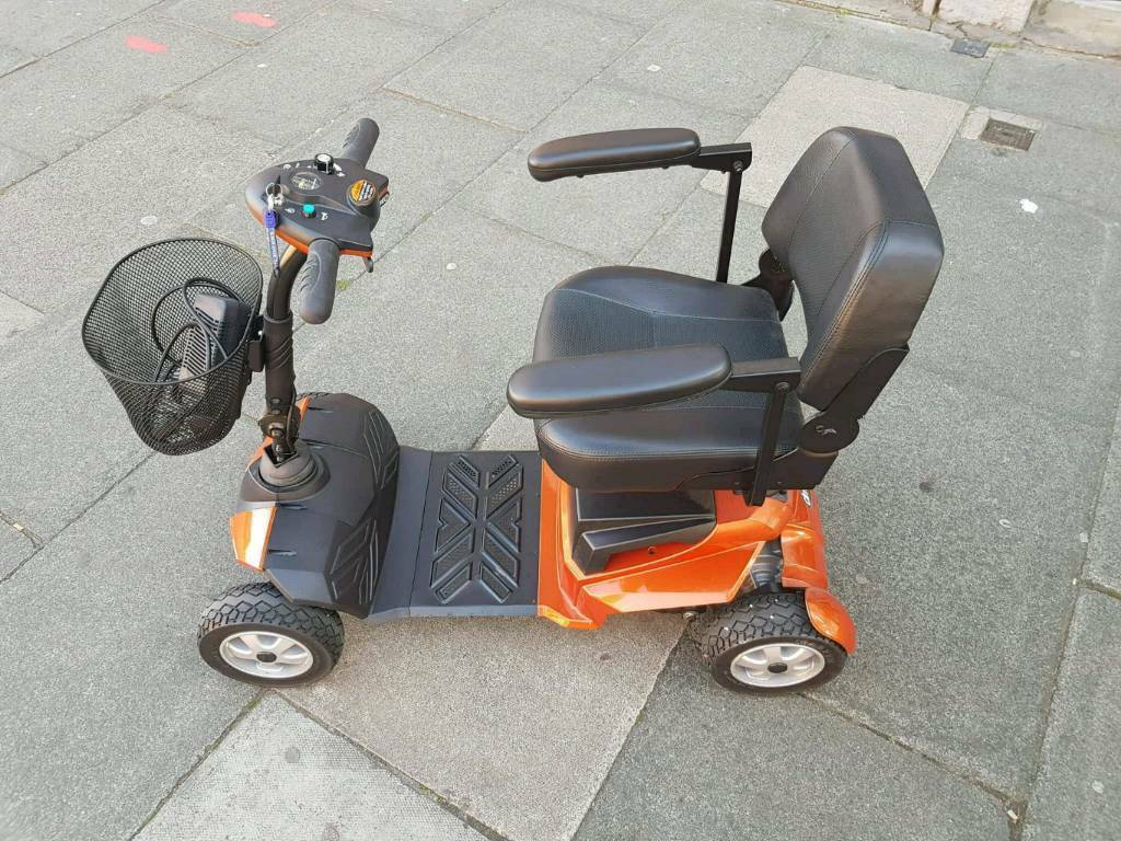 Mobility scooter 6 mph bootie