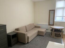 Large Private Studio With Private En Suite