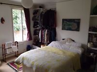 Lovely, airy room to rent between 4 Aug - 1 Sep 2016. Perfect for short lets / holiday rental