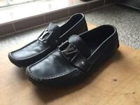 LOUIS VITTON black leather loafers size 8
