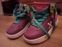 Girl's heelies! Sixe 11. Hardly worn.
