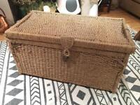 Sea Grass Storage Chest/Trunk