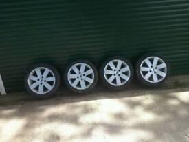 "Ford 16"" alloy wheels"