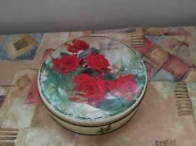 Cadbury's Chocolates tin 1950's retro antique vintage floral flower rose design style