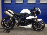 IMMACULATE 2011 SPEED TRIPLE 1050 , HPI CLEAR , FULL SERVICE HISTORY , MANY UPGRADE PARTS