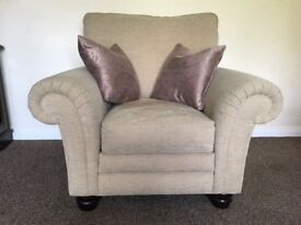 Gainsborough 4 Seater Couch & Single Chair