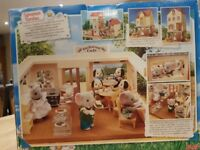 Sylvanian Families Blackberry Cafe In Box Excellent Condition with accessories