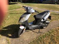 Johnway madness moped