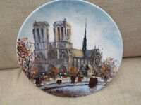 COLLECTABLE LIMOGES PORCELAIN PLATE CATHEDRALE NOTRE DAME LIMITED EDITION LOUIS DALI PERFECT