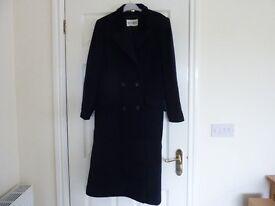Ladies Windsmoor Long Navy fully lined winter coat size 14
