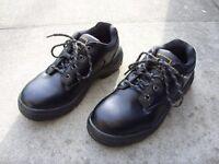 Dunlop Brand Mens Black Steel Toe Cap Water Resistant Safety Work Boots Size UK 7 EUR 41 - Worn Once