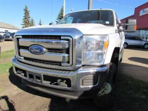 2016 Ford F-350 FX4- LEATHER- GREAT TRUCK
