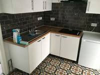 3 bed flat in East Ham ideal for sharers available now!
