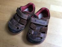 Clarks brown leather sandals 4G