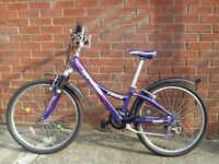 "Trek bike/bicycle for a girl/lady in very good conditions 24"" wheels"