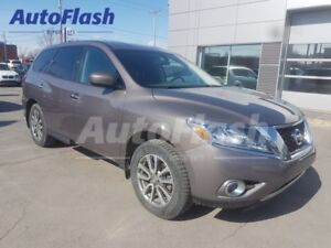 2013 Nissan Pathfinder AWD 7-Passagers *Bluetooth *Clean! *Hitch