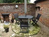 Two bed holiday home available for 1 month Norwich Norfolk - close city / FF/ fully inc- lake views