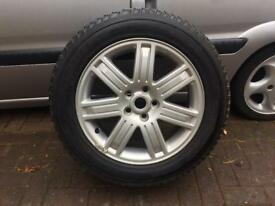 2 Range Rover Vogue Alloys & Pirelli Scorpion tyres