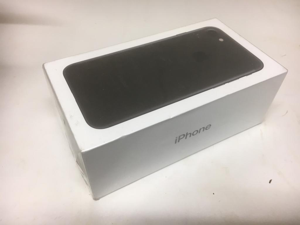 Brand new Iphone 7 unlocked 32gig sealed