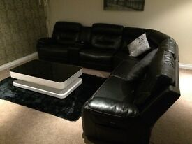 Black Endurance Italian leather corner sofa 3 electric recliners Bluetooth