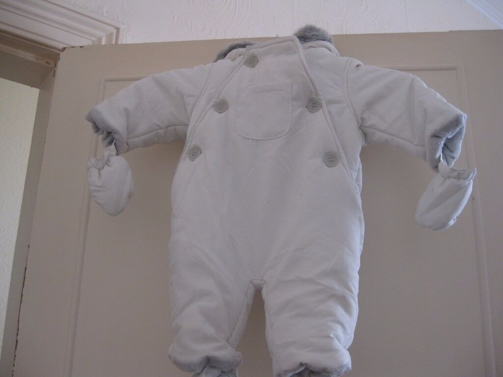 Baby Snow Suits £3