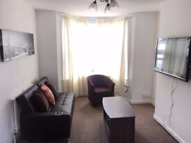 Contractors Accommodation: 3 Bedroom House