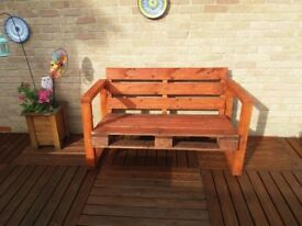 palette wood garden bench