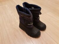 Trespass Boys/Girls Lined Waterproof Boots Wellies,uk1 & get Fleecy Jacket FREE!