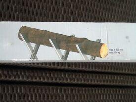 log cutter stand