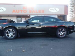 2013 Dodge Charger SXT MINT CONDITION